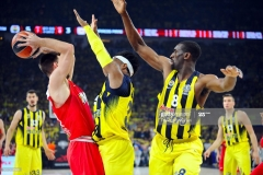 ISTANBUL, TURKEY - MAY 21:  Kostas Papanikolau,#16 of Olympiacos Piraeus in action during the Championship Game 2017 Turkish Airlines EuroLeague Final Four between Fenerbahce Istanbul v Olympiacos Piraeus at Sinan Erdem Dome on May 21, 2017 in Istanbul, Turkey.  (Photo by Francesco Richieri/Euroleague Basketball via Getty Images)