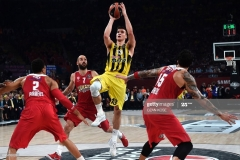 Fenerbahce's Serbian guard Bogdan Bogdanovic (2nd R) vies with Olympiacos Piraeus' Canadian center Khem Birch (L), Greek guard Vassilis Spanoulis (2nd L) and Greek forward Georgios Printezis (R) during the first place basketball match between Fenerbahce and Olympiacos at the Euroleague Final Four basketball matches at Sinan Erdem sport Arena, on May 21, 2017 in Istanbul.  / AFP PHOTO / OZAN KOSE        (Photo credit should read OZAN KOSE/AFP via Getty Images)