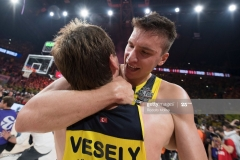 ISTANBUL, TURKEY - MAY 21:  Bogdan Bogdanovic, #13 of Fenerbahce Istanbul and Jan Vesely, #24 of Fenerbahce Istanbul celebrates during the 2017 Final Four Istanbul Turkish Airlines EuroLeague Champion Trophy Ceremony at Sinan Erdem Dome on May 21, 2017 in Istanbul, Turkey.  (Photo by Rodolfo Molina/Euroleague Basketball via Getty Images)