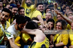 ISTANBUL, TURKEY - MAY 21: Jan Vesely, #24 of Fenerbahce Istanbul celebrates with his girlfriend at the end of Championship Game 2017 Turkish Airlines EuroLeague Final Four between Fenerbahce Istanbul v Olympiacos Piraeus at Sinan Erdem Dome on May 21, 2017 in Istanbul, Turkey.  (Photo by Luca Sgamellotti/Euroleague Basketball via Getty Images)