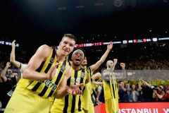 ISTANBUL, TURKEY - MAY 21: Bogdan Bogdanovic, #13 of Fenerbahce Istanbul iand Bobby Dixon, #35 of Fenerbahce Istanbul celebrates just before the end of Championship Game 2017 Turkish Airlines EuroLeague Final Four between Fenerbahce Istanbul v Olympiacos Piraeus at Sinan Erdem Dome on May 21, 2017 in Istanbul, Turkey.  (Photo by Luca Sgamellotti/Euroleague Basketball via Getty Images)