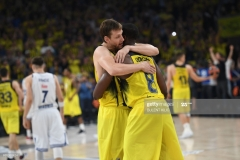 Fenerbahce's Jan Vesely (L) and Ekpe Udoh (R) celebrate after winning the semi-final basketball match between Fenerbahce Ulker vs Real Madrid at the Euroleague Final Four basketball matches at Sinan Erdem sport Arena on May 19, 2017 in Istanbul.  / AFP PHOTO / BULENT KILIC        (Photo credit should read BULENT KILIC/AFP via Getty Images)