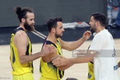 ISTANBUL, TURKEY - MAY 19:  Fenerbahce players celebrate their victory during the Turkish Airlines EuroLeague Final Four Semifinal A game between Fenerbahce Istanbul v Real  Madrid at Sinan Erdem Dome on May 19, 2017 in Istanbul, Turkey.  (Photo by Tolga Adanali/Euroleague Basketball via Getty Images)