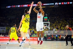 ISTANBUL, TURKEY - MAY 19:  Trey Thompinks, #33 of Real Madrid in action during the Turkish Airlines EuroLeague Final Four Semifinal A game between Fenerbahce Istanbul v Real  Madrid at Sinan Erdem Dome on May 19, 2017 in Istanbul, Turkey.  (Photo by Francesco Richieri/Euroleague Basketball via Getty Images)