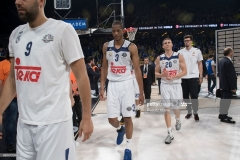 ISTANBUL, TURKEY - MAY 19:  Players of Real madrid dessapointed at the end of Turkish Airlines EuroLeague Final Four Semifinal A game between Fenerbahce Istanbul v Real  Madrid at Sinan Erdem Dome on May 19, 2017 in Istanbul, Turkey.  (Photo by Rodolfo Molina/Euroleague Basketball via Getty Images)