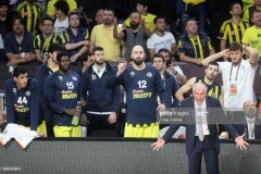 ISTANBUL, TURKEY - MAY 19: Zeljko Obradovic, Head Coach of Fenerbahce and Pero Antic, #12 of Fenerbahce reacts during the Turkish Airlines EuroLeague Final Four Semifinal A game between Fenerbahce Istanbul v Real  Madrid at Sinan Erdem Dome on May 19, 2017 in Istanbul, Turkey.  (Photo by Tolga Adanali/Euroleague Basketball via Getty Images)