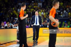 ISTANBUL, TURKEY - MAY 19:  Pablo Laso, Head Coach of Real Madrid during the Turkish Airlines EuroLeague Final Four Semifinal A game between Fenerbahce Istanbul v Real  Madrid at Sinan Erdem Dome on May 19, 2017 in Istanbul, Turkey.  (Photo by Francesco Richieri/Euroleague Basketball via Getty Images)