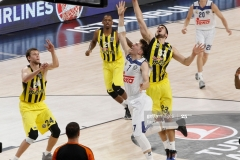 ISTANBUL, TURKEY - MAY 19: Luka Doncic, #7 of Real Madrid competes with Nikola Kalinic, #33 of Fenerbahce Istanbul  in action during the Turkish Airlines EuroLeague Final Four Semifinal A game between Fenerbahce Istanbul v Real  Madrid at Sinan Erdem Dome on May 19, 2017 in Istanbul, Turkey.  (Photo by Edu Candel/Euroleague Basketball via Getty Images)