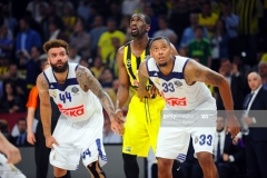 ISTANBUL, TURKEY - MAY 19:  Jeffery Taylor, #44 of Real Madrid, Ekpe Udoh, #8 of Fenerbahce Istanbul and Trey Thompinks, #33 of Real Madrid during the Turkish Airlines EuroLeague Final Four Semifinal A game between Fenerbahce Istanbul v Real  Madrid at Sinan Erdem Dome on May 19, 2017 in Istanbul, Turkey.  (Photo by Francesco Richieri/Euroleague Basketball via Getty Images)