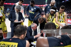 ISTANBUL, TURKEY - MAY 19:  Zeljko Obradovic, Head Coach of Fenerbahce Istanbul during a timeout in the Turkish Airlines EuroLeague Final Four Semifinal A game between Fenerbahce Istanbul v Real  Madrid at Sinan Erdem Dome on May 19, 2017 in Istanbul, Turkey.  (Photo by Patrick Albertini/Euroleague Basketball via Getty Images)