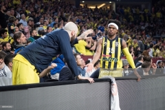 ISTANBUL, TURKEY - MAY 19:  Bobby Dixon, #35 of Fenerbahce Istanbul and Pero Antic, #12 of Fenerbahce Istanbul during the Turkish Airlines EuroLeague Final Four Semifinal A game between Fenerbahce Istanbul v Real  Madrid at Sinan Erdem Dome on May 19, 2017 in Istanbul, Turkey.  (Photo by Patrick Albertini/Euroleague Basketball via Getty Images)