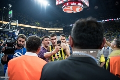 ISTANBUL, TURKEY - MAY 19:  Bogdan Bogdanovic, #13 of Fenerbahce Istanbul at the end of the Turkish Airlines EuroLeague Final Four Semifinal A game between Fenerbahce Istanbul v Real  Madrid at Sinan Erdem Dome on May 19, 2017 in Istanbul, Turkey.  (Photo by Patrick Albertini/Euroleague Basketball via Getty Images)