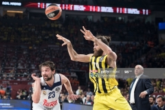 ISTANBUL, TURKEY - MAY 19:  Luigi Datome, #70 of Fenerbahce Istanbul competes with Sergio Llull, #23 of Real Madrid during the Turkish Airlines EuroLeague Final Four Semifinal A game between Fenerbahce Istanbul v Real  Madrid at Sinan Erdem Dome on May 19, 2017 in Istanbul, Turkey.  (Photo by Patrick Albertini/Euroleague Basketball via Getty Images)
