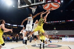 ISTANBUL, TURKEY - MAY 19: Nikola Kalinic,#33 of Fenerbahce Istanbul in action during the Turkish Airlines EuroLeague Final Four Semifinal A game between Fenerbahce Istanbul v Real Madrid at Sinan Erdem Dome on May 19, 2017 in Istanbul, Turkey. (Photo by Luca Sgamellotti/Euroleague Basketball via Getty Images)