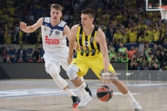 ISTANBUL, TURKEY - MAY 19:  Bogdan Bogdanovic, #13 of Fenerbahce Istanbul in action during the Turkish Airlines EuroLeague Final Four Semifinal A game between Fenerbahce Istanbul v Real  Madrid at Sinan Erdem Dome on May 19, 2017 in Istanbul, Turkey.  (Photo by Rodolfo Molina/Euroleague Basketball via Getty Images)