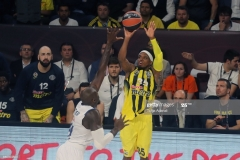 ISTANBUL, TURKEY - MAY 19: Bobby Dixon, #35 of Fenerbahce Istanbul in action during the Turkish Airlines EuroLeague Final Four Semifinal A game between Fenerbahce Istanbul and Real  Madrid at Sinan Erdem Dome on May 19, 2017 in Istanbul, Turkey.  (Photo by Tolga Adanali/Euroleague Basketball via Getty Images)