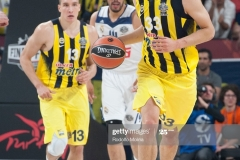 ISTANBUL, TURKEY - MAY 19:  Nikola Kalinic,Ê#33 of Fenerbahce Istanbul in action during the Turkish Airlines EuroLeague Final Four Semifinal A game between Fenerbahce Istanbul v Real  Madrid at Sinan Erdem Dome on May 19, 2017 in Istanbul, Turkey.  (Photo by Rodolfo Molina/Euroleague Basketball via Getty Images)