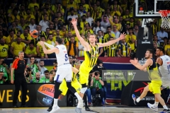 ISTANBUL, TURKEY - MAY 19:  Rudy Fernandez, #5 of Real Madrid in action during the Turkish Airlines EuroLeague Final Four Semifinal A game between Fenerbahce Istanbul v Real  Madrid at Sinan Erdem Dome on May 19, 2017 in Istanbul, Turkey.  (Photo by Francesco Richieri/Euroleague Basketball via Getty Images)