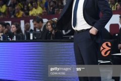 Real Madrid head coach Pablo Laso gestures during the semi-final basketball match between Fenerbahce Ulker vs Real Madrid at the Euroleague Final Four at Sinan Erdem sport arena on May 19, 2017 in Istanbul.  / AFP PHOTO / OZAN KOSE        (Photo credit should read OZAN KOSE/AFP via Getty Images)
