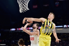 ISTANBUL, TURKEY - MAY 19: Sergio Llull, #23 of Real Madrid competes with Bogdan Bogdanovic, #13 of Fenerbahce Istanbul during the Turkish Airlines EuroLeague Final Four Semifinal A game between Fenerbahce Istanbul v Real  Madrid at Sinan Erdem Dome on May 19, 2017 in Istanbul, Turkey.  (Photo by Luca Sgamellotti/Euroleague Basketball via Getty Images)