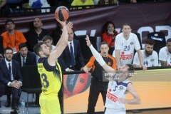 ISTANBUL, TURKEY - MAY 19: Nikola Kalinic,Ê#33 of Fenerbahce Istanbul competes with Rudy Fernandez, #5 of Real Madrid during the Turkish Airlines EuroLeague Final Four Semifinal A game between Fenerbahce Istanbul v Real  Madrid at Sinan Erdem Dome on May 19, 2017 in Istanbul, Turkey.  (Photo by Tolga Adanali/Euroleague Basketball via Getty Images)